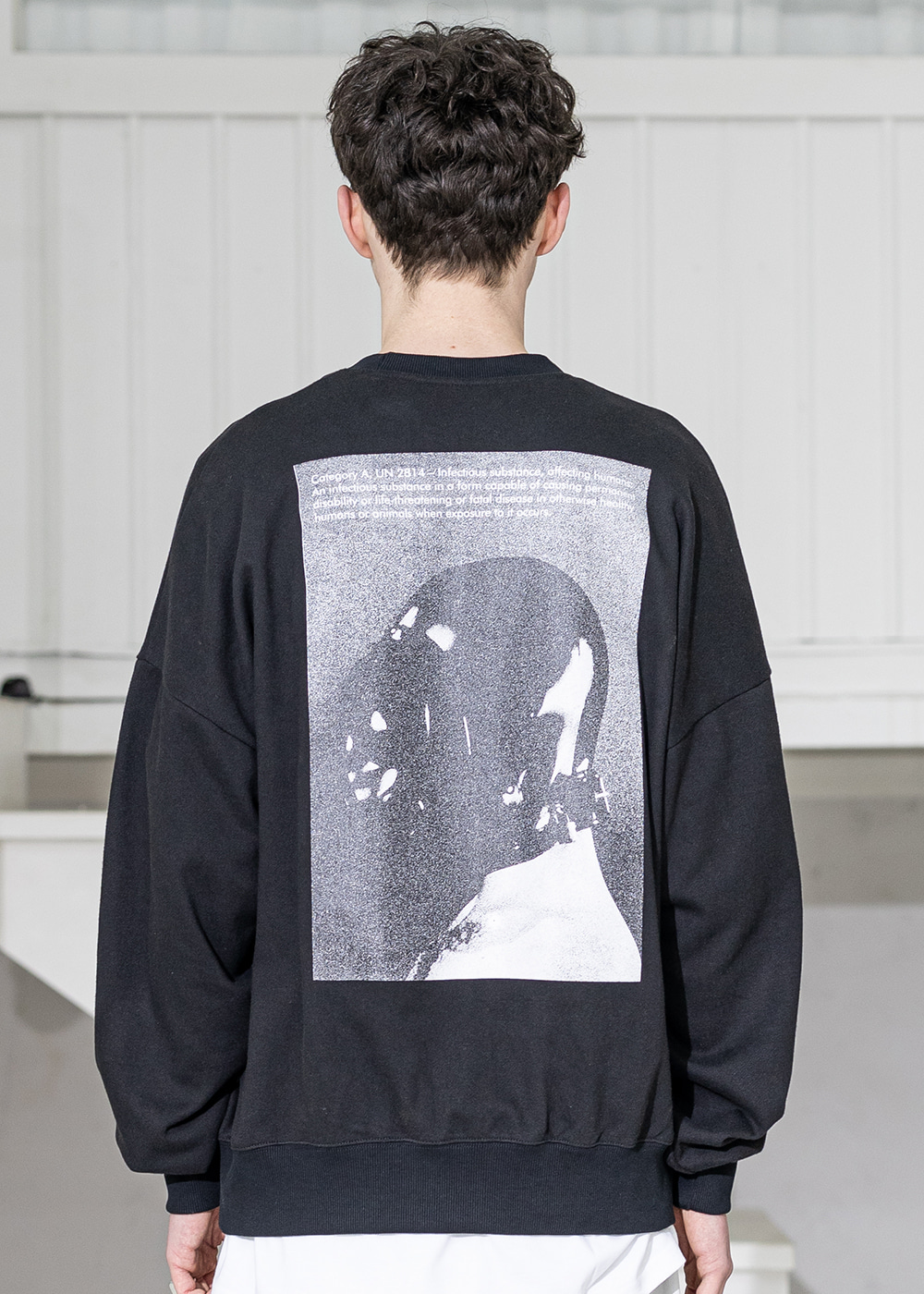 CLASSIFICATION OVERSIZED CREWNECK MSZCR001-BK