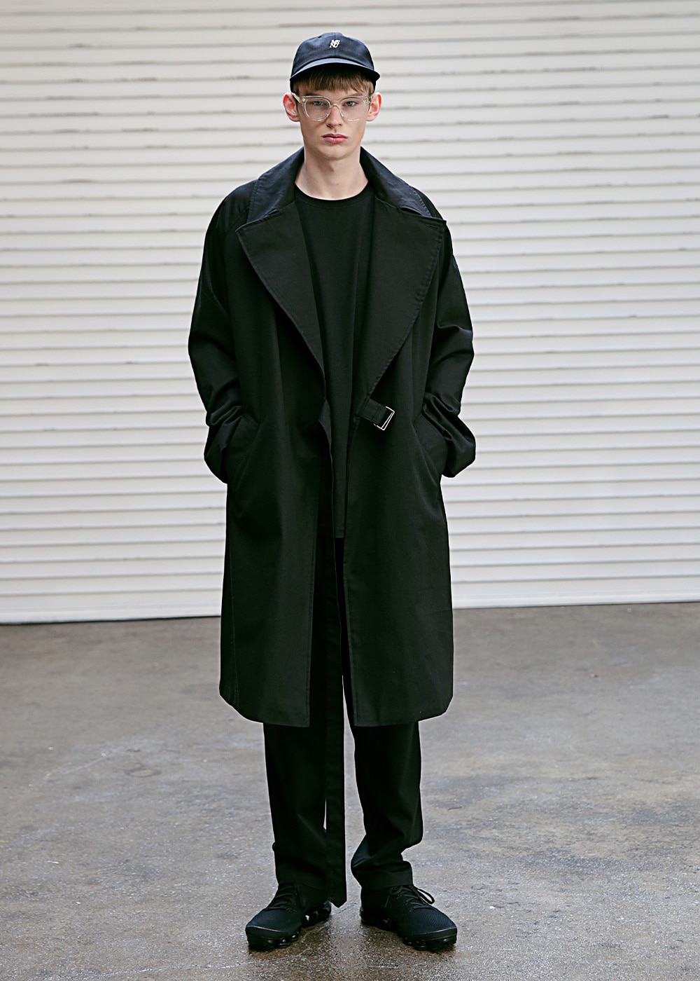 D OVERSIZED RAGLAN TRENCH COAT MSECT001-BK
