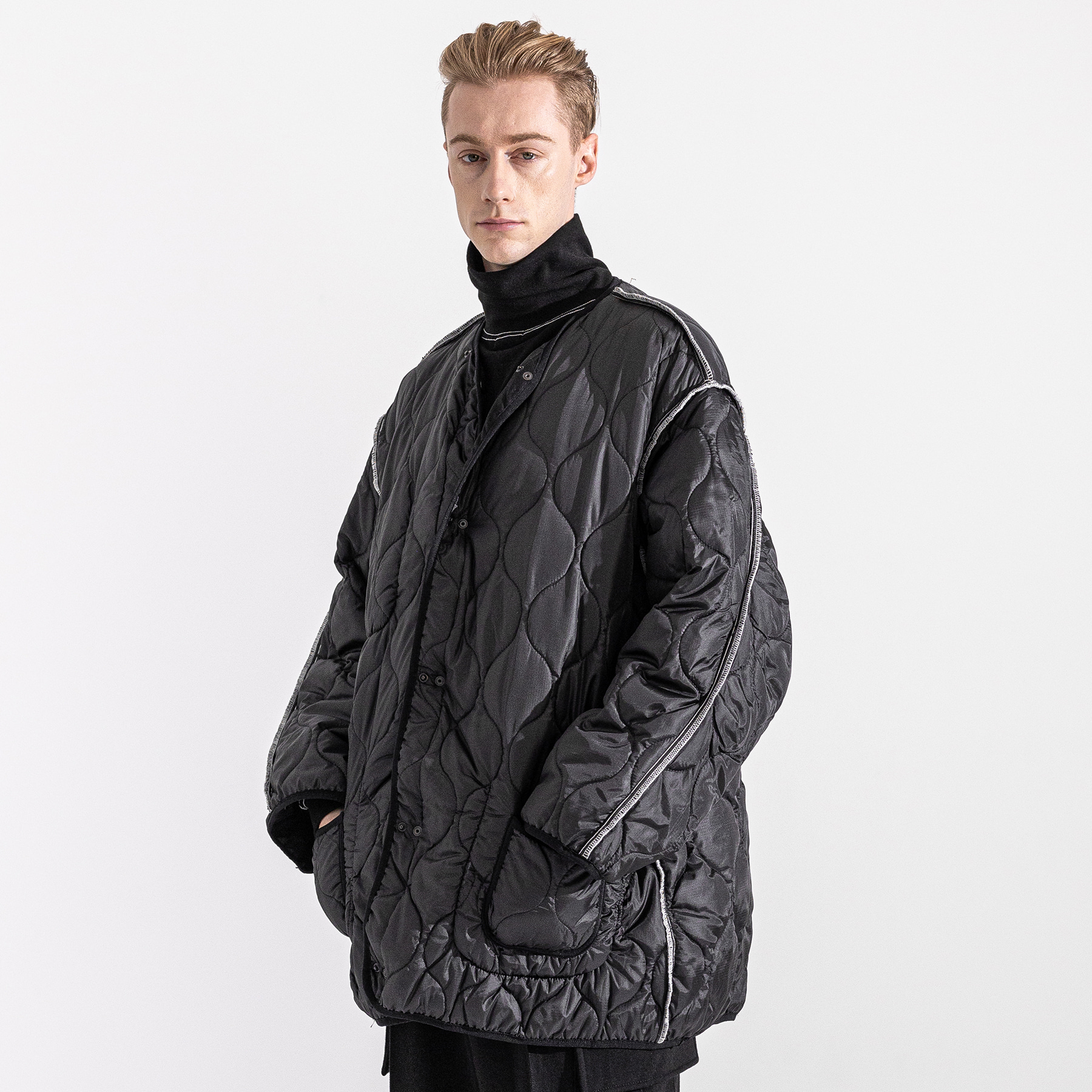 REVERSIBLE STICH QUILITING JACKET MWZJK002-BK