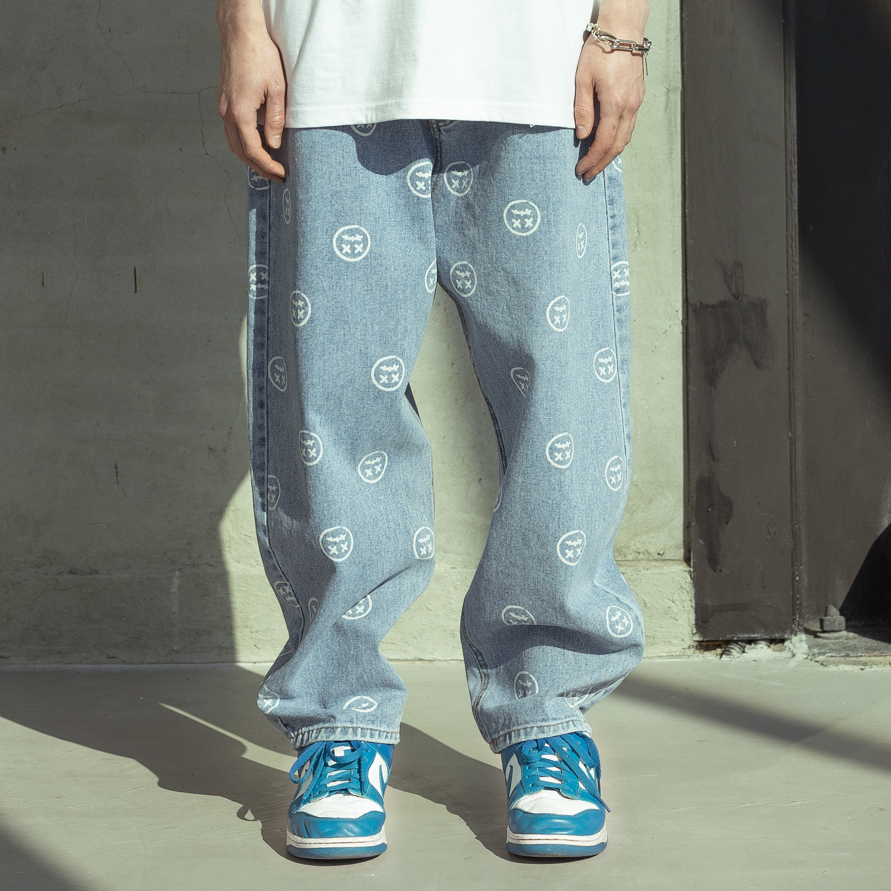 (10%)SMILE PATTERN DENIM PANTS MSOJP003-BL